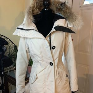 100% Authentic Canada Goose Parka with Fur Hood